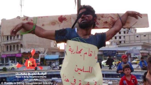 islamcrucificandocristãos