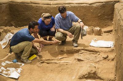 ashkelon-cemetery-skeleton